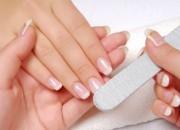 Unghie sane,cura e rimedi unghie, alimentazione, come indurire le unghie, cura unghie, onicotecnico, ricostruzione unghie, rimedio unghie, soluzione unghie fragili, unghia, unghia fragili, unghie, Unghie perfette, Unghie rotte soluzioni, unghie sfaldate