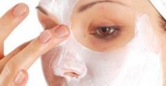 Avere una pelle perfetta, Avere una pelle sana e luminosa, Consigli per la cura della pelle, Consigli trattamenti naturali pelle, Cura della pelle, Cure e rimedi naturali per la pelle, Cure per il viso, I segreti di una pelle sana, Maschere di bellezza, Maschere naturali per il viso, Maschere per il viso, Maschere per il viso fai da te naturali, Pelle del viso perfetta, Pelle sana consigli, Pelle sana e bella, Pelle sana e luminosa, Pulizia del viso, Rimedi naturali pelle, Rimedi per la cura della pelle, Trattamenti naturali viso