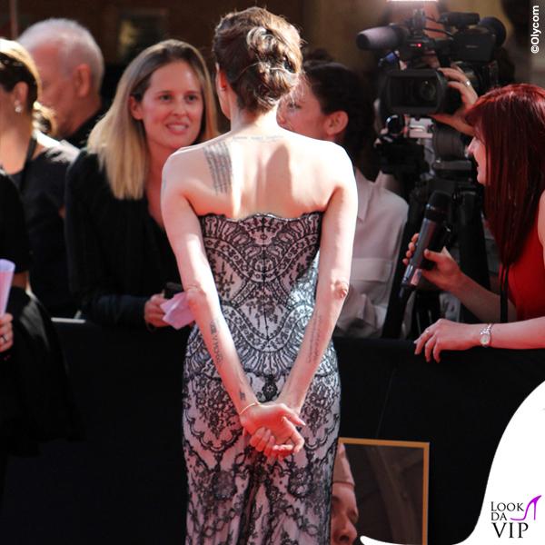 Angelina-Jolie-Unbroken-abito-Gucci-Premiere-10