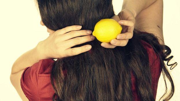lozione-capelli-grassi-al-succo-di-limone