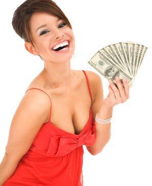 perche-donna-attratta-da-uomo-ricco-con-soldi