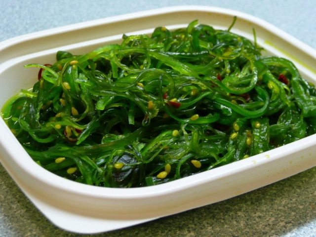 simple-japanese-wakame-salad-recipe-ingredients1_1024x1024
