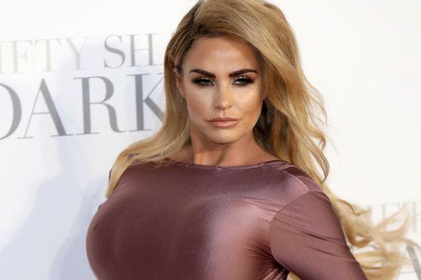 Katie Price, nono intervento al seno per la starlette inglese dei reality
