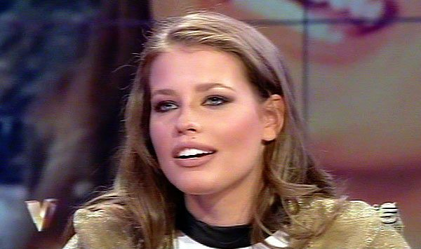 Ivana Mrazova senza freni a Verissimo, gaffe hot della modella in tv